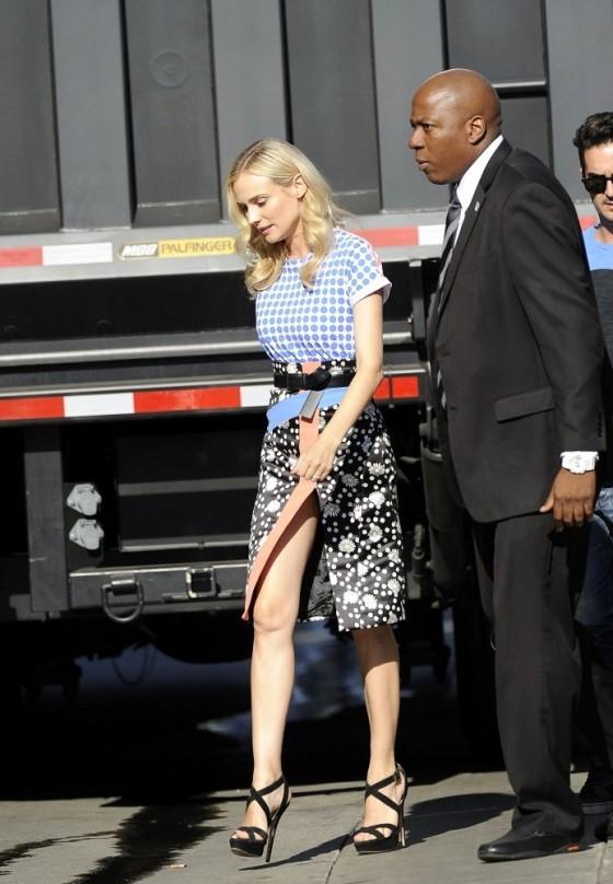 Diane-Kruger-Wearing-Emanuel-Ungaro-ABCs-Jimmy-Kimmel-Live-4